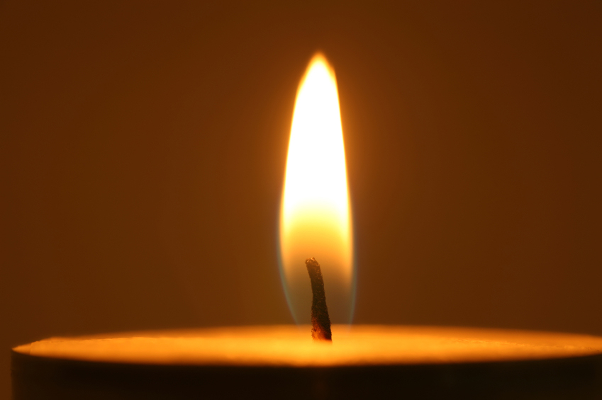 HolocaustMemorialCandle
